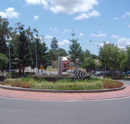 1280px-oxley_central_roundabout